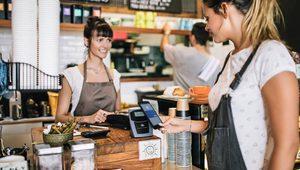 Мобилните разплащания печелят популярност сред европейците, показва проучване на Visa